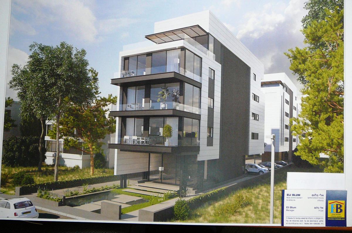 בהרצליה במיקום מרכזי בשלבי בניה מתקדמים דירות 4 חדרים