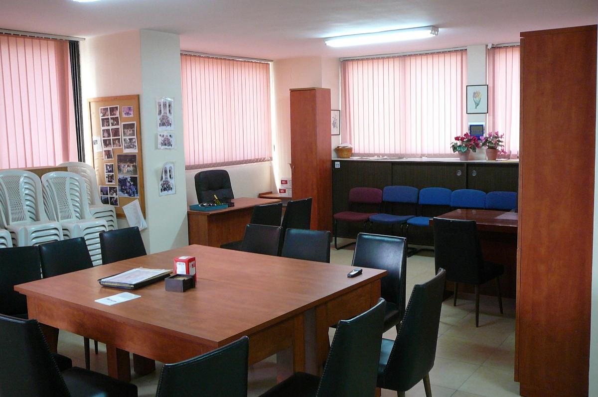 בהרצליה במיקום מרכזי ושקט למכירה משרדים בגודל 64 מטר
